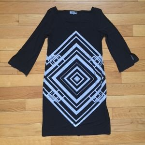 CALVIN KLEIN BLACK AND WHITE DRESS